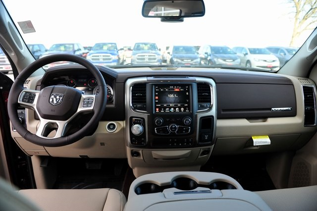 2017 Ram 1500 Crew Cab 4x4, Pickup #R1334 - photo 6