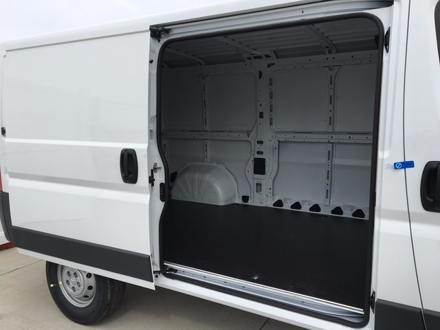 2017 ProMaster 1500 Low Roof, Cargo Van #R1340 - photo 6