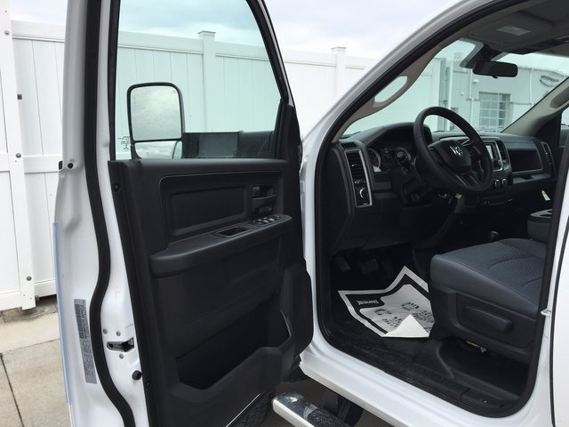 2017 Ram 5500 Crew Cab DRW 4x4, Knapheide Service Body #R1348 - photo 15