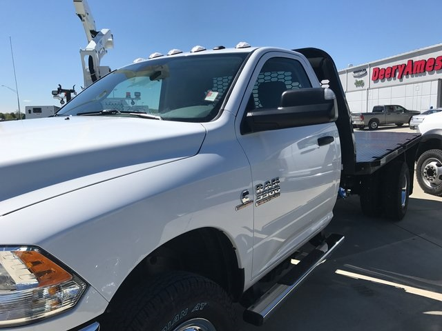 2017 Ram 3500 Regular Cab DRW 4x4, Knapheide Platform Body #R1360 - photo 4
