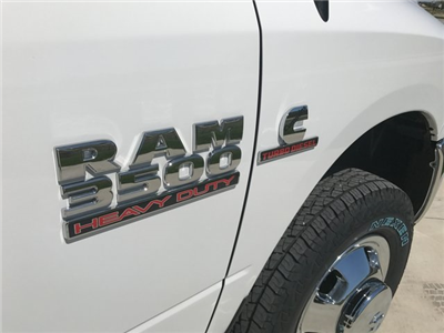 2017 Ram 3500 Regular Cab DRW 4x4, Knapheide PGNB Gooseneck Platform Body #R1360 - photo 9