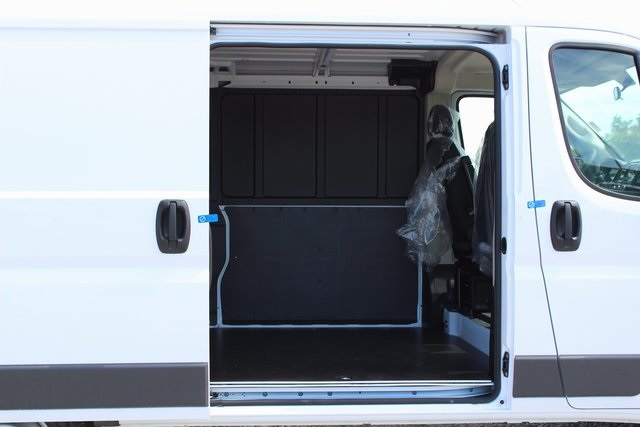 2017 ProMaster 1500 Low Roof Cargo Van #R1404 - photo 21