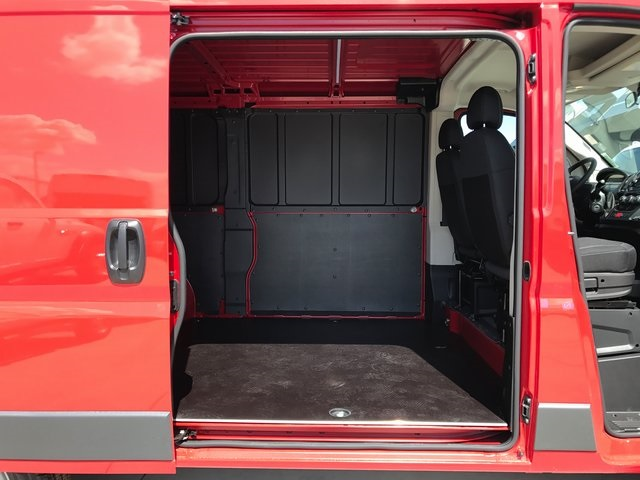2017 ProMaster 1500 Low Roof Cargo Van #R1428 - photo 15