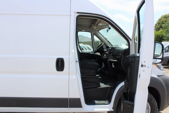 2017 ProMaster 2500 High Roof, Cargo Van #R1469 - photo 6