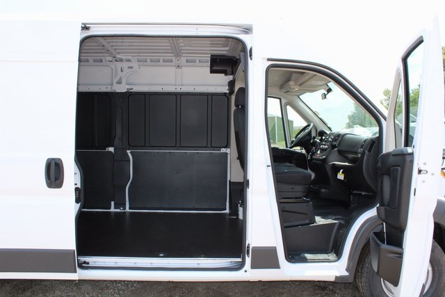 2017 ProMaster 2500 High Roof, Cargo Van #R1469 - photo 8