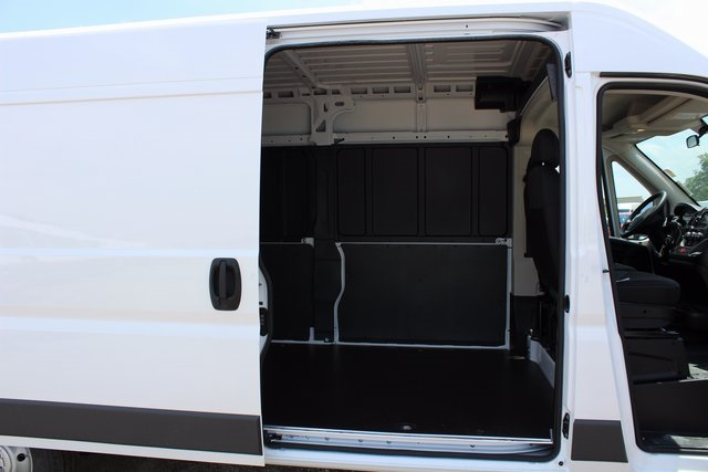 2017 ProMaster 2500 High Roof, Cargo Van #R1469 - photo 9