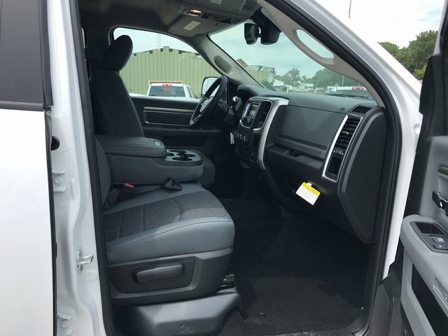 2017 Ram 2500 Crew Cab 4x4, Pickup #R1477 - photo 23