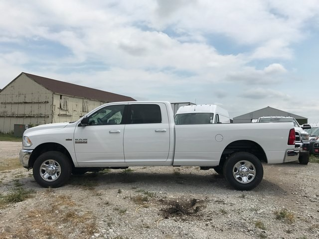2017 Ram 2500 Crew Cab 4x4, Pickup #R1477 - photo 5