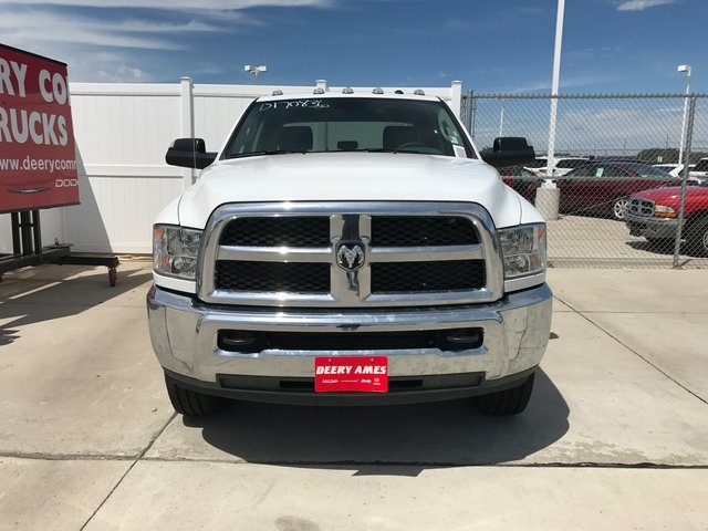 2017 Ram 2500 Crew Cab 4x4, Pickup #R1502 - photo 3