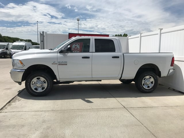 2017 Ram 2500 Crew Cab 4x4, Pickup #R1502 - photo 4