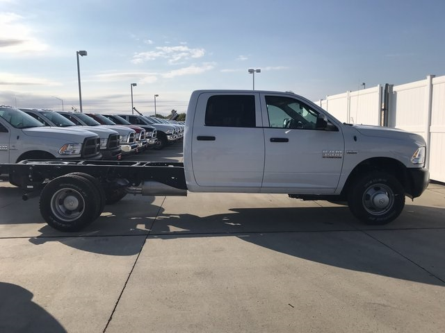 2017 Ram 3500 Crew Cab DRW 4x4,  Platform Body #R1514 - photo 11