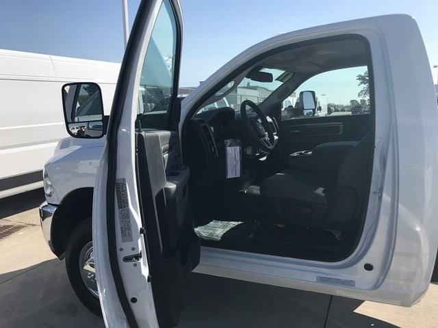 2017 Ram 3500 Regular Cab DRW 4x4 Cab Chassis #R1575 - photo 6