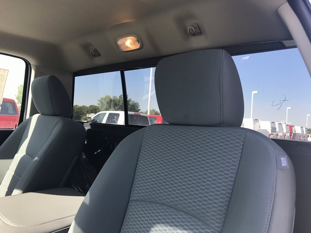 2018 Ram 3500 Regular Cab 4x4 Pickup #R1620 - photo 11