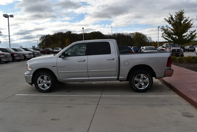 2018 Ram 1500 Crew Cab 4x4 Pickup #R1650 - photo 28