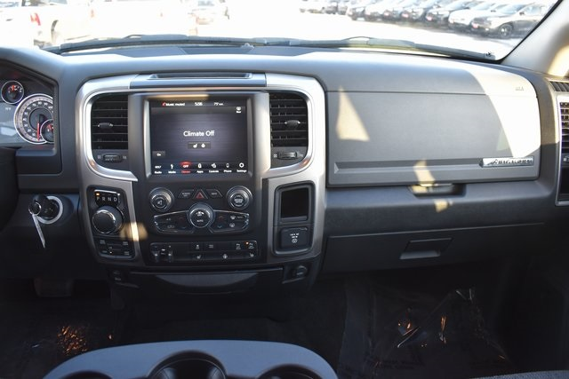 2018 Ram 1500 Crew Cab 4x4, Pickup #R1651 - photo 23