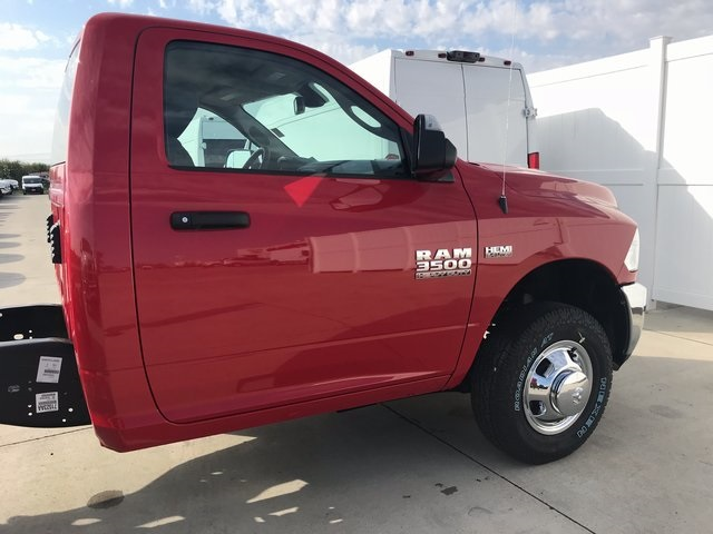 2018 Ram 3500 Regular Cab DRW 4x4 Cab Chassis #R1653 - photo 7