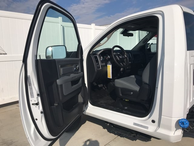 2018 Ram 3500 Regular Cab DRW 4x4 Cab Chassis #R1667 - photo 12