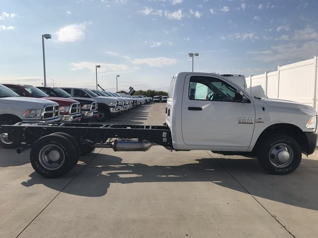 2018 Ram 3500 Regular Cab DRW 4x4 Cab Chassis #R1667 - photo 6