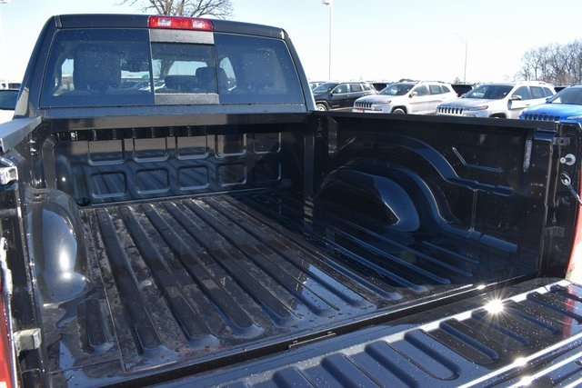 2018 Ram 1500 Crew Cab 4x4, Pickup #R1673 - photo 25