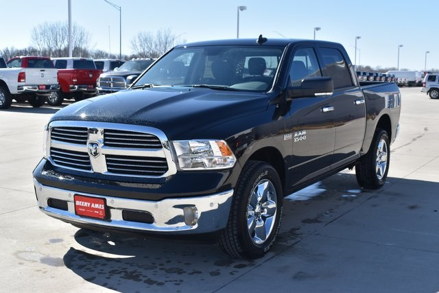 2018 Ram 1500 Crew Cab 4x4, Pickup #R1673 - photo 7