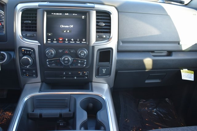 2018 Ram 1500 Crew Cab 4x4, Pickup #R1681 - photo 13