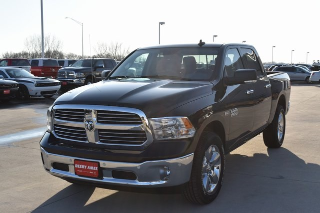 2018 Ram 1500 Crew Cab 4x4, Pickup #R1681 - photo 7