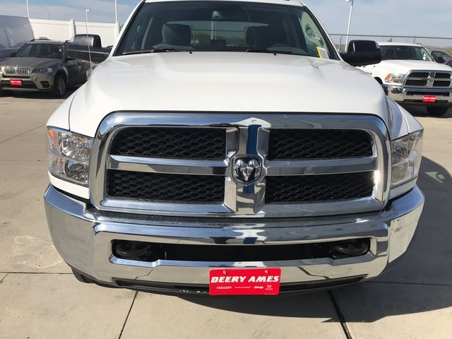 2018 Ram 2500 Crew Cab 4x4, Pickup #R1687 - photo 3
