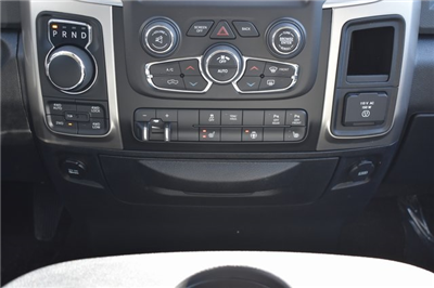 2018 Ram 1500 Crew Cab 4x4, Pickup #R1702 - photo 15