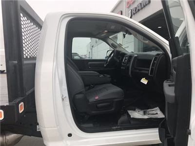 2018 Ram 5500 Regular Cab DRW 4x4, Knapheide Value-Master X Platform Body #R1724 - photo 12