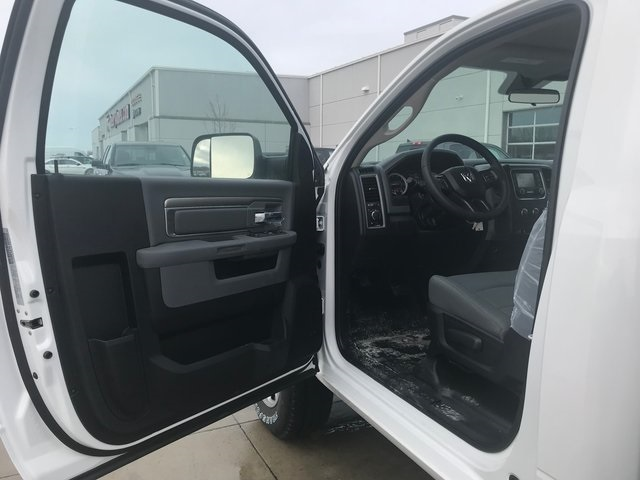 2018 Ram 2500 Regular Cab 4x4, Knapheide Service Body #R1776 - photo 20