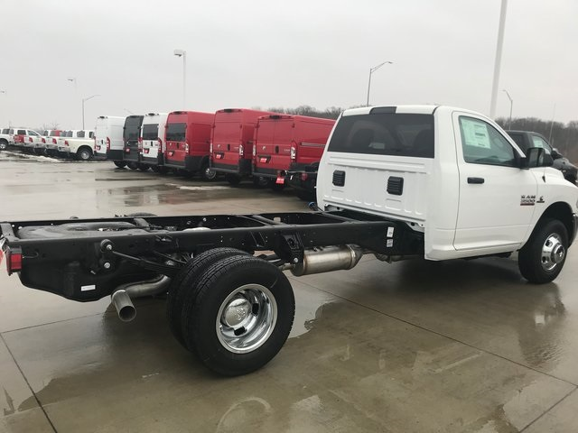 2018 Ram 3500 Regular Cab DRW 4x4, Cab Chassis #R1784 - photo 2