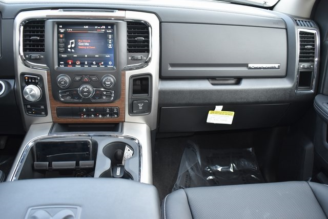2018 Ram 1500 Crew Cab 4x4, Pickup #R1793 - photo 14
