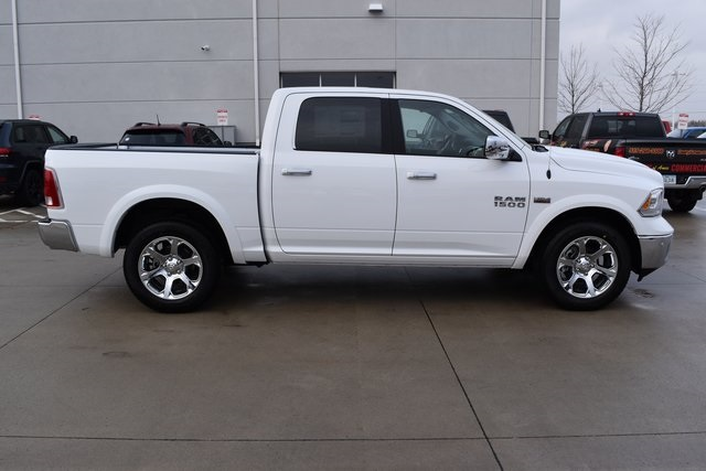 2018 Ram 1500 Crew Cab 4x4, Pickup #R1793 - photo 3