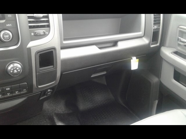 2018 Ram 5500 Regular Cab DRW 4x4,  Reading SL Service Body #R1802 - photo 14