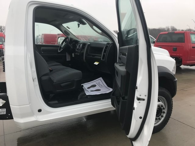 2018 Ram 4500 Regular Cab DRW 4x4,  Cab Chassis #R1856 - photo 12