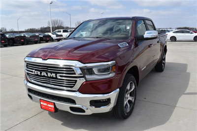 2019 Ram 1500 Crew Cab 4x4, Pickup #R1930 - photo 7