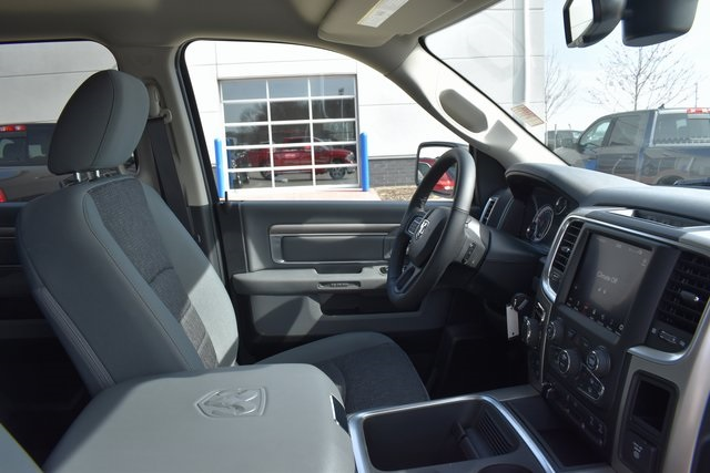 2018 Ram 1500 Crew Cab 4x4,  Pickup #R1954 - photo 30