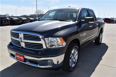 2018 Ram 1500 Crew Cab 4x4,  Pickup #R1956 - photo 7