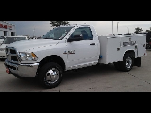 2018 Ram 3500 Regular Cab DRW 4x4,  Reading SL Service Body #R1970 - photo 3