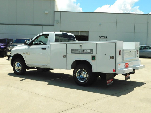 2018 Ram 3500 Regular Cab DRW 4x4,  Reading SL Service Body #R1970 - photo 5