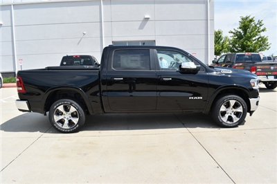 2019 Ram 1500 Crew Cab 4x4,  Pickup #R2050 - photo 3