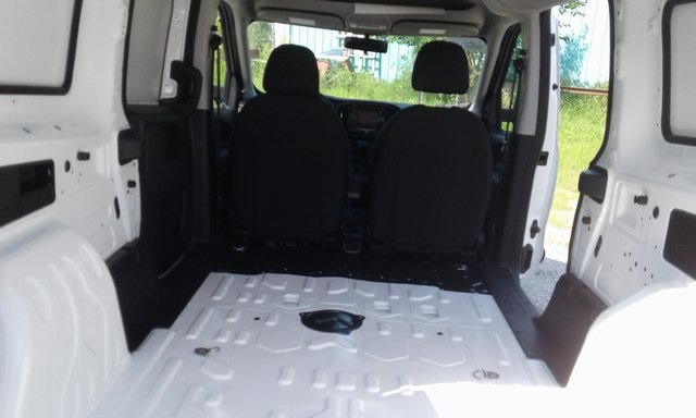 2018 ProMaster City FWD,  Empty Cargo Van #R2057 - photo 2