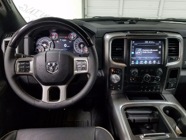 2017 Ram 1500 Crew Cab 4x4, Pickup #17066-1 - photo 16