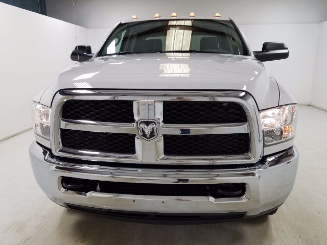 2017 Ram 3500 Crew Cab DRW 4x4, Knapheide Service Body #17092-1 - photo 8