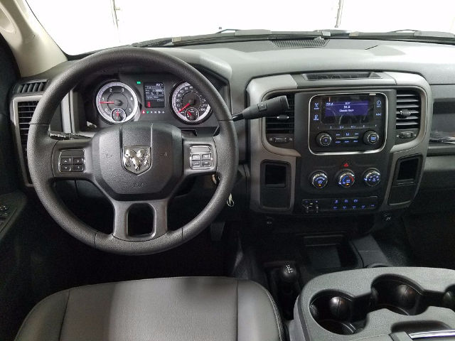 2017 Ram 3500 Crew Cab DRW 4x4, Knapheide Service Body #17092-1 - photo 15