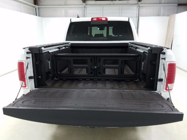 2017 Ram 1500 Crew Cab 4x4, Pickup #17096-1 - photo 7