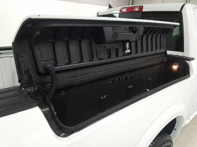 2017 Ram 1500 Crew Cab 4x4, Pickup #17184-2 - photo 5