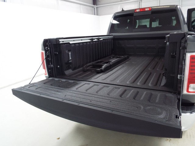 2017 Ram 1500 Crew Cab 4x4, Pickup #17223 - photo 30