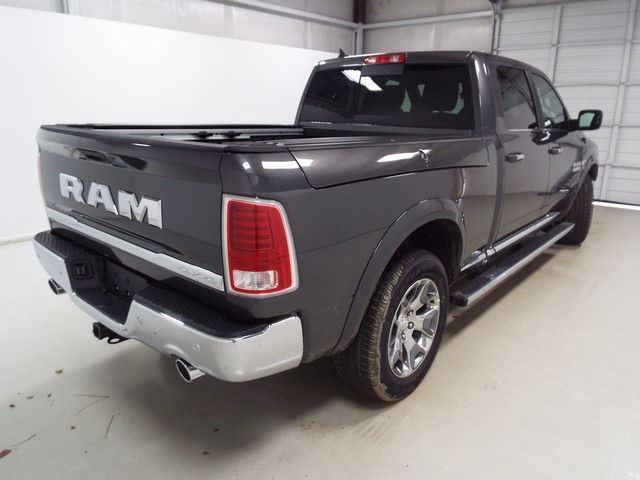 2017 Ram 1500 Crew Cab 4x4, Pickup #17223 - photo 9