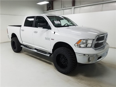 2017 Ram 1500 Crew Cab 4x4, Pickup #17357-1 - photo 14